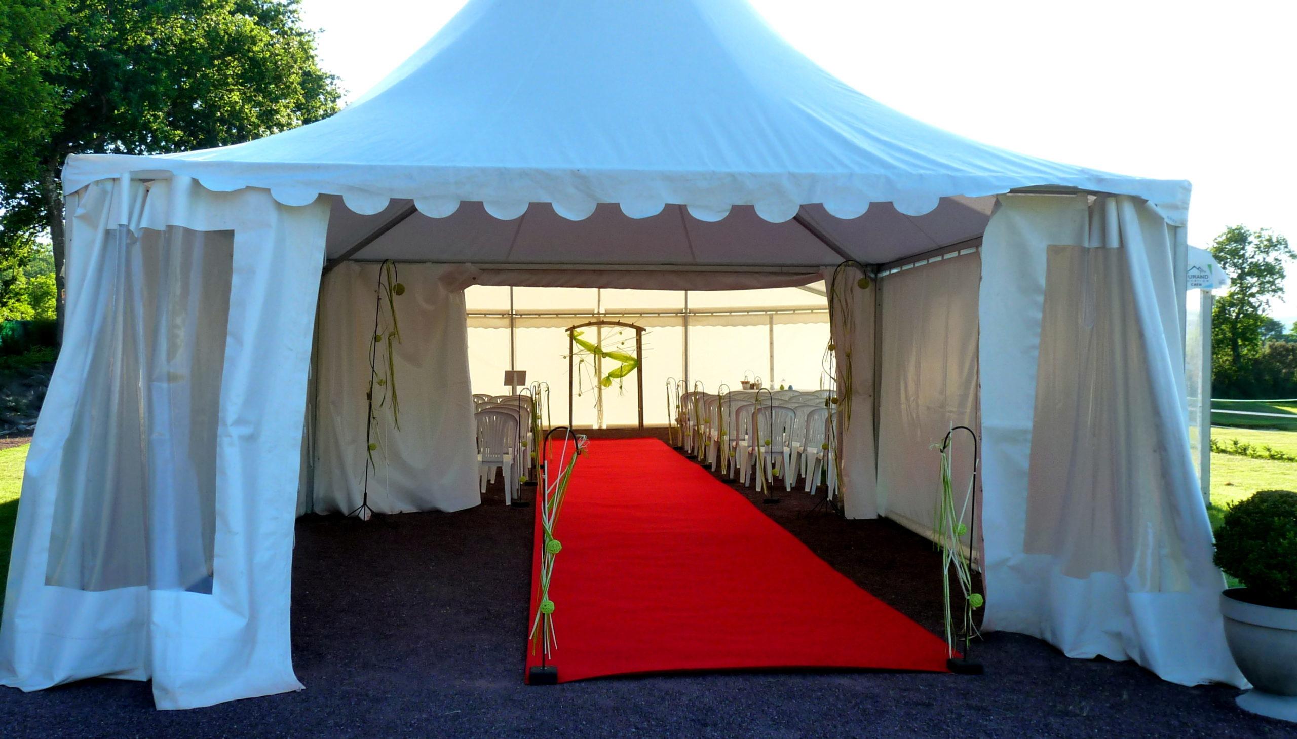 cérémonie sous tente
